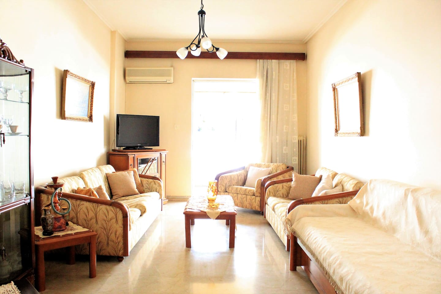Comfortable Apartment In Kallithea Athens